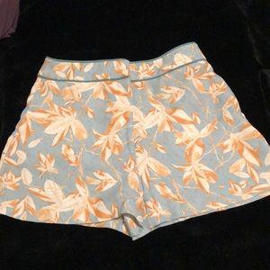 Floral / geometric print shorts